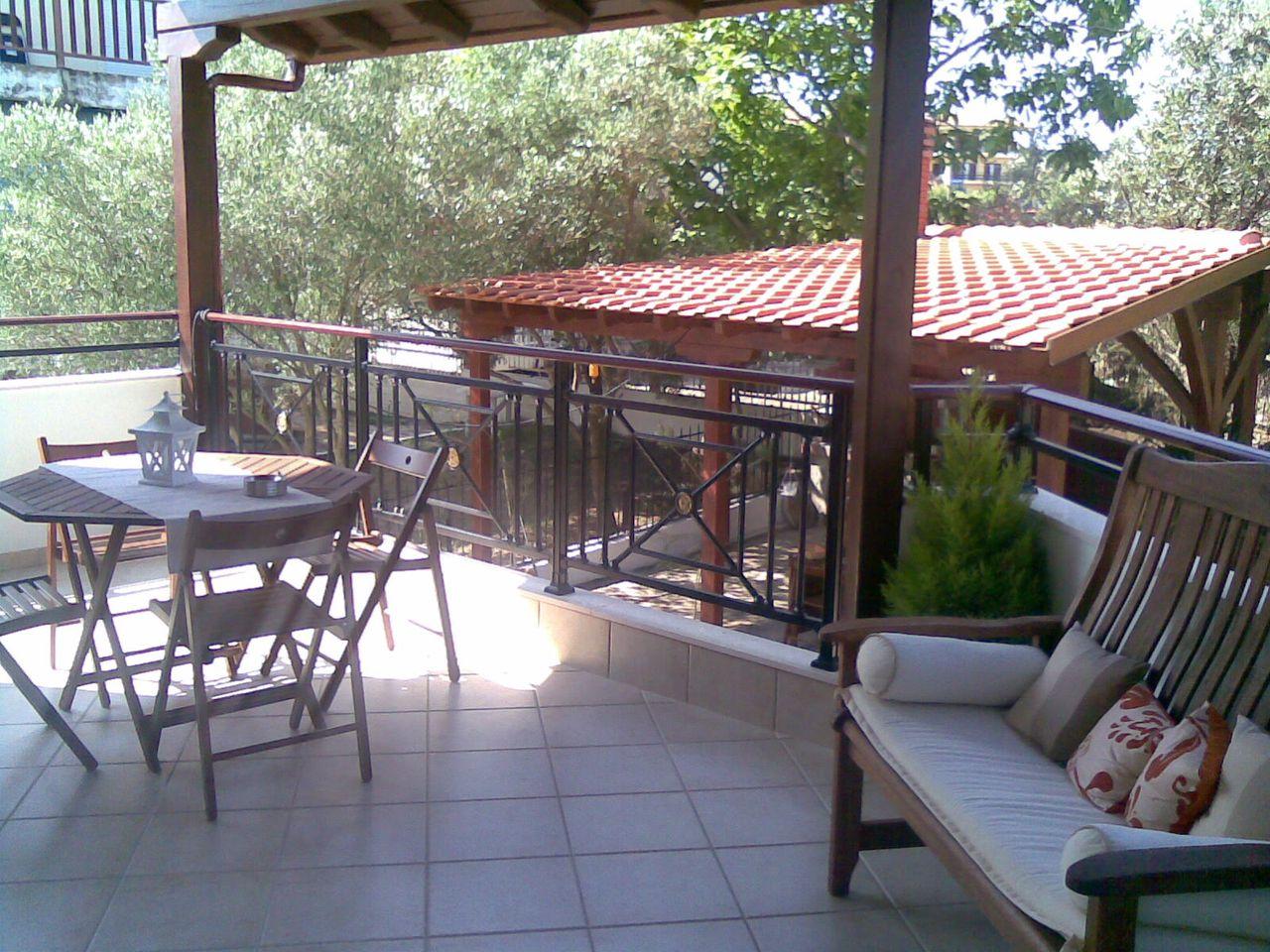 Thalassa Apartment